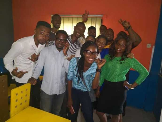 Learnfactory group pictures with the interns